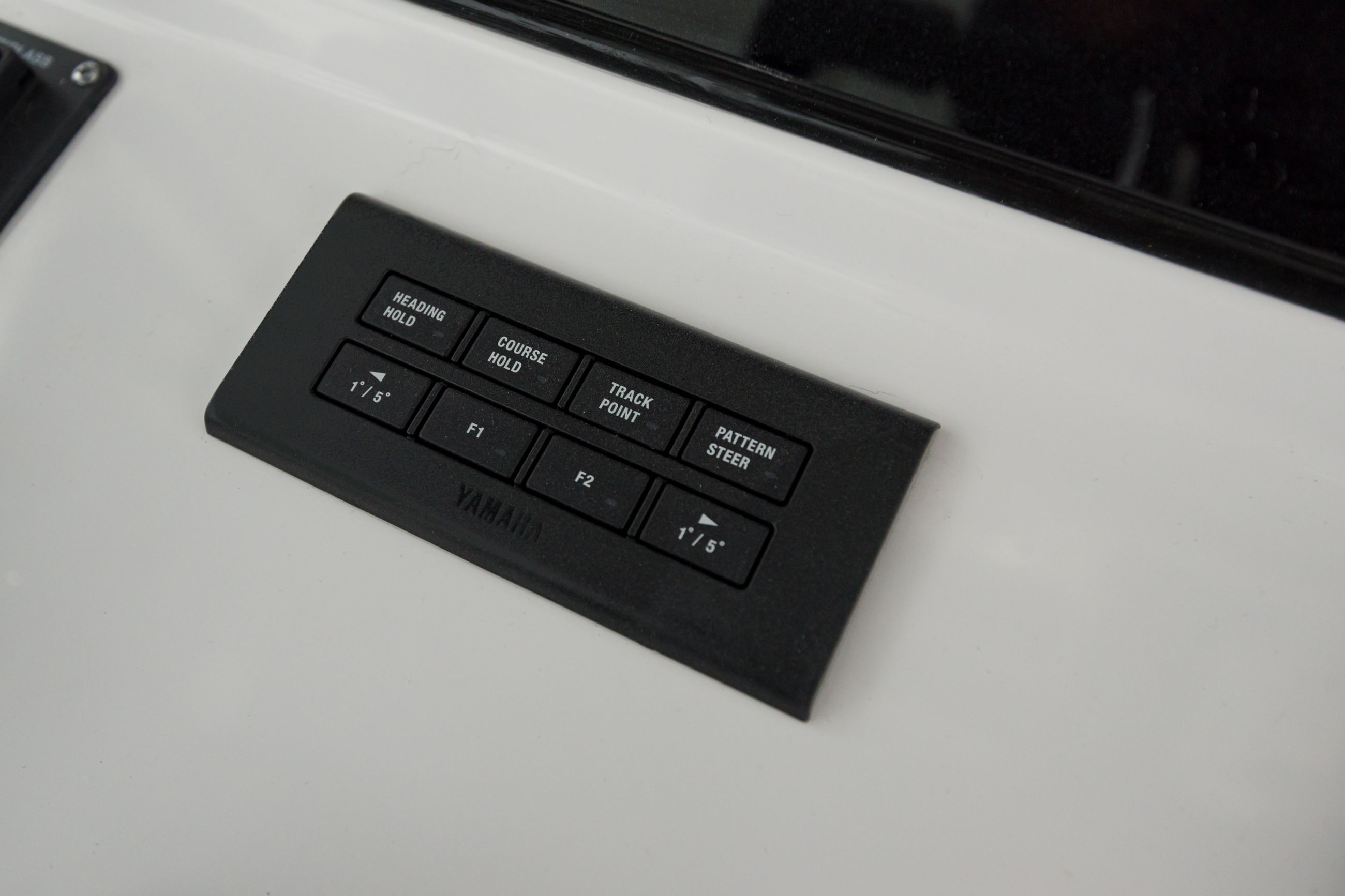 Detail image of Yamaha Auto Pilot (425HP Only)